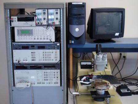 Picture of the dielectric testing station in the Owen characterization lab.